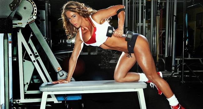 Фото девушек в фитнес зале фото 227-338